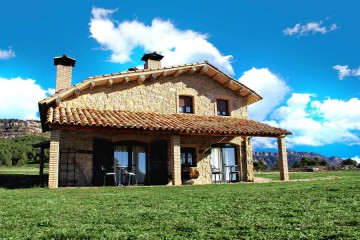 Casas rurales con encanto en berga barcelona masias santmarc - Casas rurales bcn ...