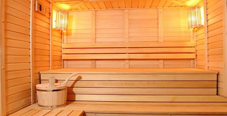 Casas rurales con spa masias santmarc berga barcelona - Construir una sauna ...
